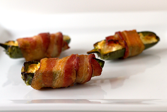 bacon-wrapped-jalapenos-1-550