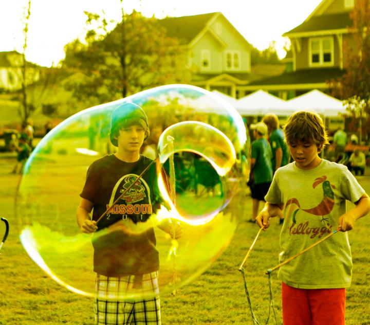 bubble-dudes-1024x899